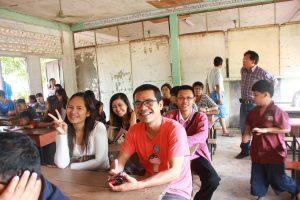 ทัศนศึกษาเมือง วังเวียง ประเทศลาว วันที่ 18-19 เมษายน 2556
